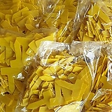 727. 노란색사각이름표3호( 10봉지구입+1봉지).1봉지100개 |